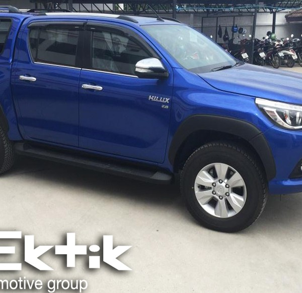Toyota Hilux Canopy 1